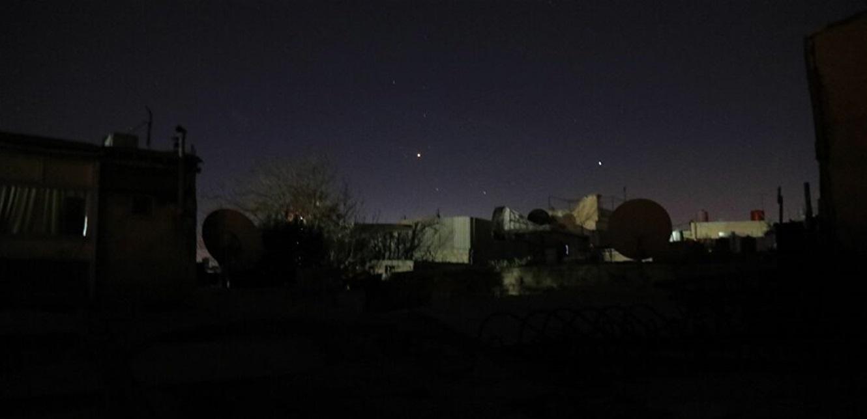 صاروخ سوري يلاحق طائرة إسرائيلية سُمع دويه في جنوب لبنان