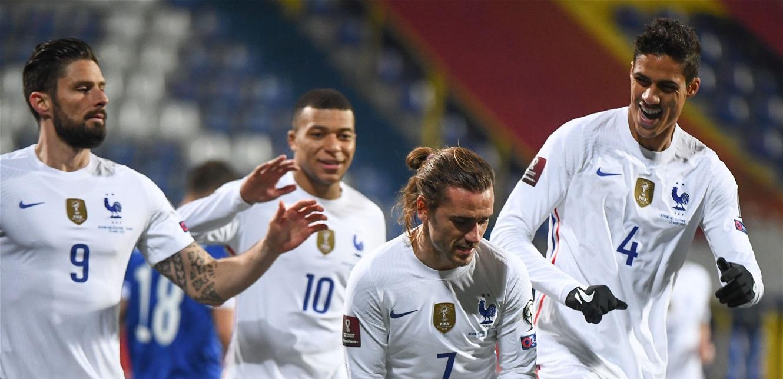 برأسية غريزمان.. فرنسا تفوز على البوسنة في تصفيات كأس لعالم