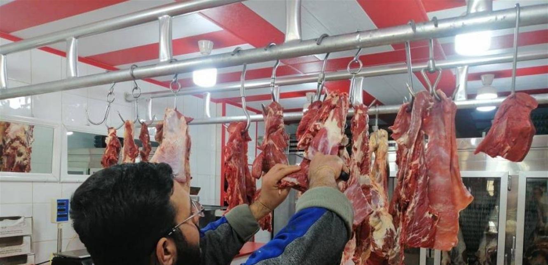 فضيحة اللحوم المدعومة.. الأبقار تُهرّب إلى سوريا.. ومستورد صاحب 'واسطة'