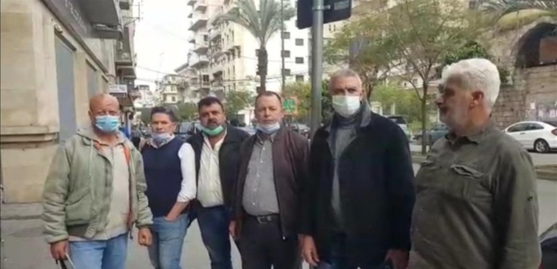 تجمع لاهالي الطلاب اللبنانيين في الجامعات الاجنبية في شارع المصارف بطرابلس ومطالبة بالدولار الطالبي