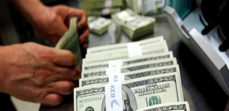بعد تقلبات أمس في السوق الموازية.. هكذا افتتح الدولار صباح اليوم