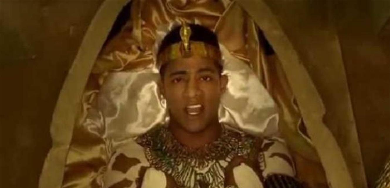 محمد رمضان يشوق جمهوره لأغنيته الجديدة بطريقة غريبة (فيديو)