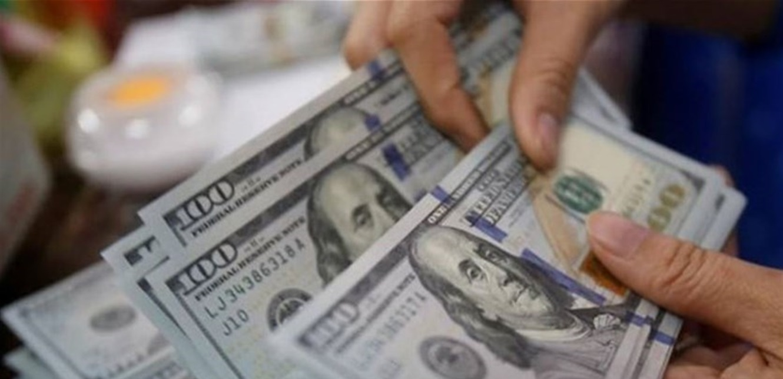الدولار يتخطّى عتبة الـ 12 ألف ليرة.. إليكم تسعيرته صباح اليوم الخميس