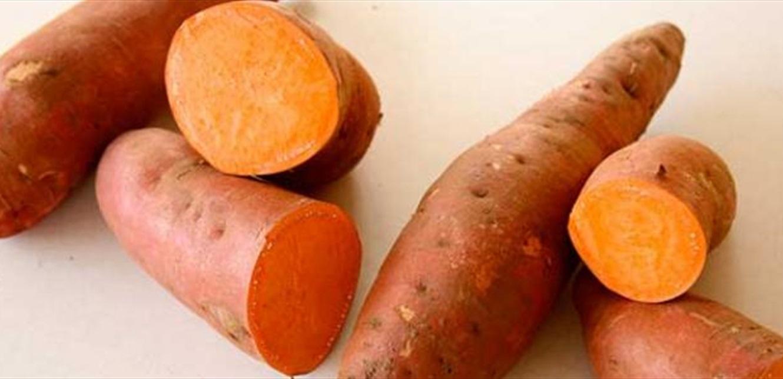 هذا ما يحدث لجسمك عند تناول البطاطا الحلوة بانتظام