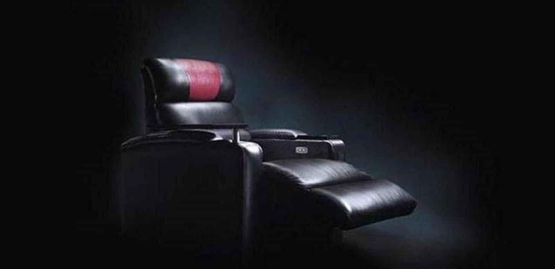 لسبب لا يصدق.. دخل السينما ليشاهد فيلما وخرج جثة هامدة